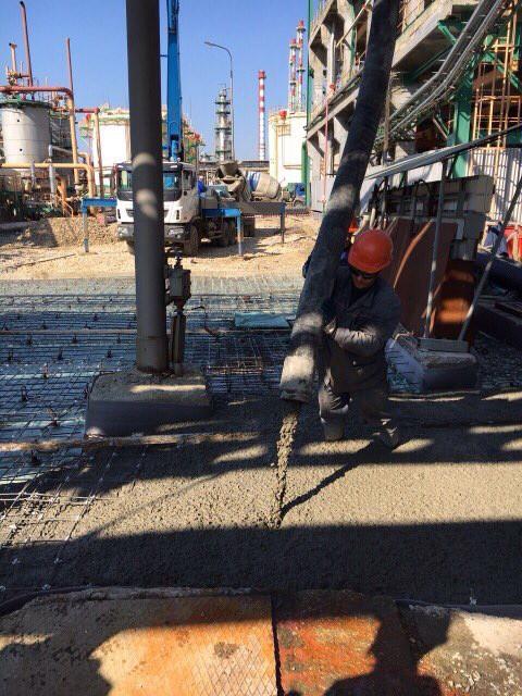 Заливка бетона с сеткой базис