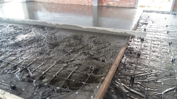 композитная сетка в бетоне